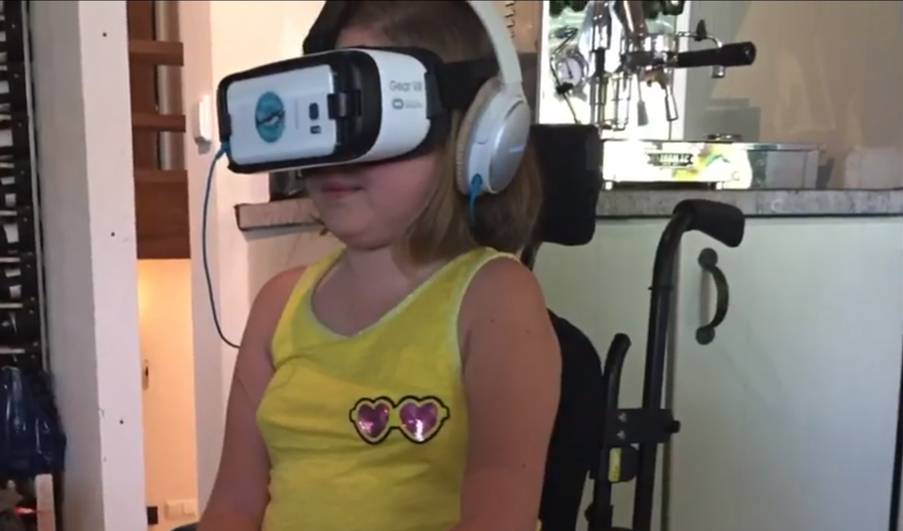 Rotary Club: Isa swimming with virtual dolphins